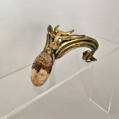 M.COULON Bracelet moderniste en bronze patiné...