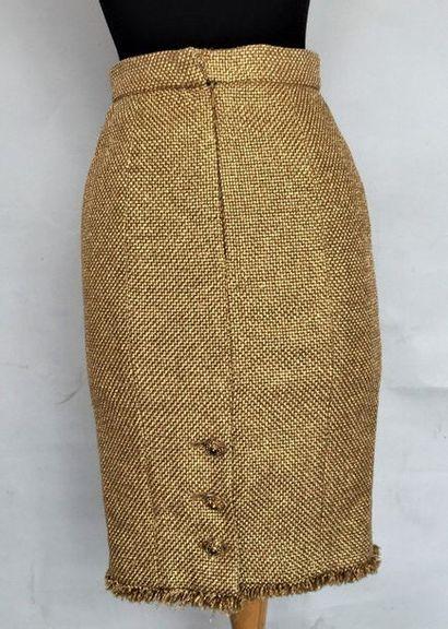 CHANEL Jupe en lainage et matière composite...