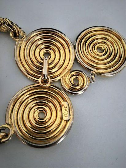 YVES SAINT LAURENT Collier ras de cou en métal doré maille torsadée et motifs escargot...