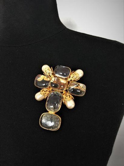 CHANEL Made in France Broche croix en métal...