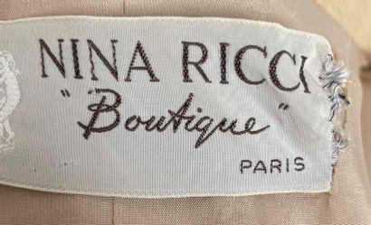 NINA RICCI Boutique Robe manteau avec ceinture en coton et matière composite crème...
