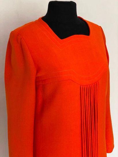 PIERRE CARDIN Promotion Paris Orange woollen dress with lace-up tassels Size 40