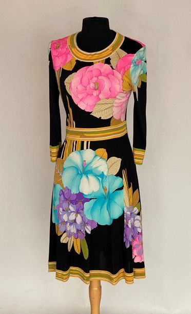 LEONARD Paris Dress in jersey printed with flowers on a black background Size 3...