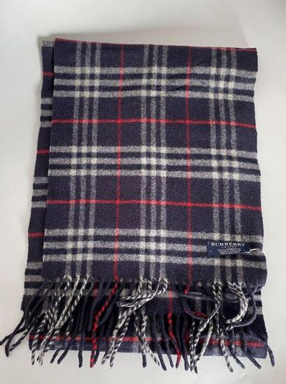 BURBERRY London Wool scarf check navy background...
