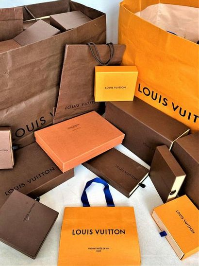 LOUIS SEEING important lot of 38 Boxes and...