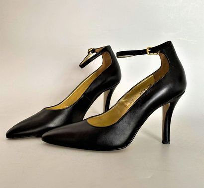 WALTER STEIGER Pair of black leather strappy...