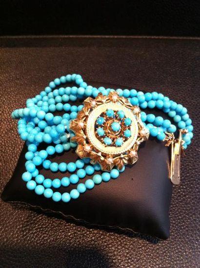 Bracelet de sept rangs de turquoises monté...