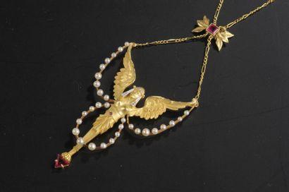 Collier pendentif en or composé d'une sphynge...