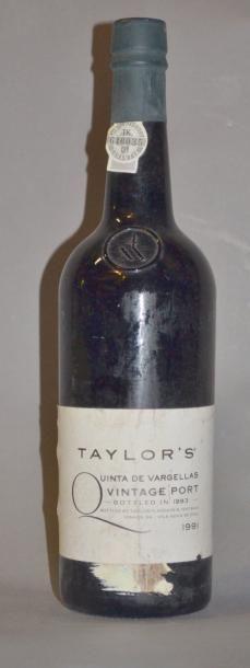 1 Bouteille PORTO TAYLOR VARGELAS. 1991