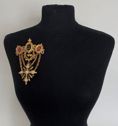CHRISTIAN LACROIX Broche draperie à pendentif...