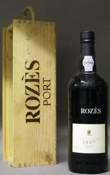 1 BOUTEILLE PORTO ROZES 1997