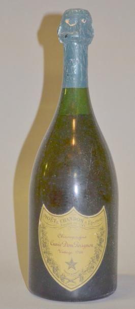 1 BOUTEILLE DOM PERIGNON 1964 Etiquette trés...