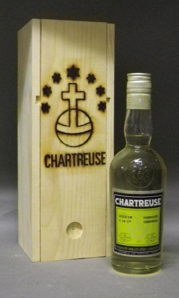 1 DEMI BOUTEILLE CHARTREUSE JAUNE 1967 C...