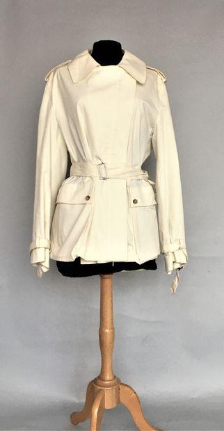 CERRUTI 1881 Veste en coton écru avec ceinture...