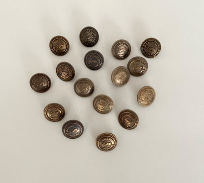 YVES SAINT LAURENT Lot de 16 boutons en métal...