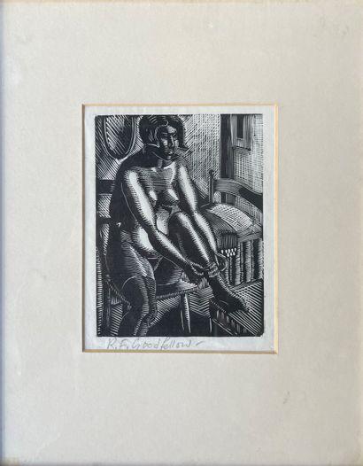 REGINALD GOODFELLOW (1894-1985) Femme enfilant...