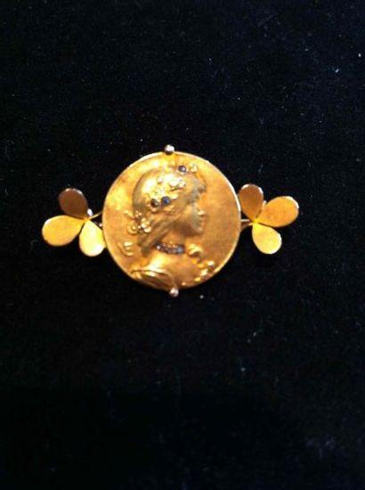Broche Art Nouveau médaillon de femme en...