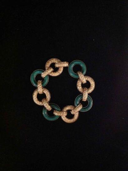 Bracelet en or sculpté à l'imitation de la...