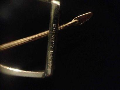 HERMES PARIS N°14688 Broche Etrier deux ors - Circa 1960- Longueur: 6,3cm- Poids...