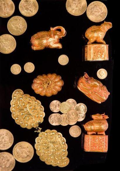 Trois pièces de 10 Francs or, 1856, 1863...