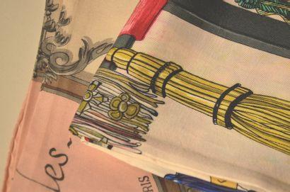 HERMES Paris Lot de deux foulards