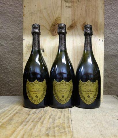 3 Bouteilles CHAMPAGNE DOM PERIGNON 1982...