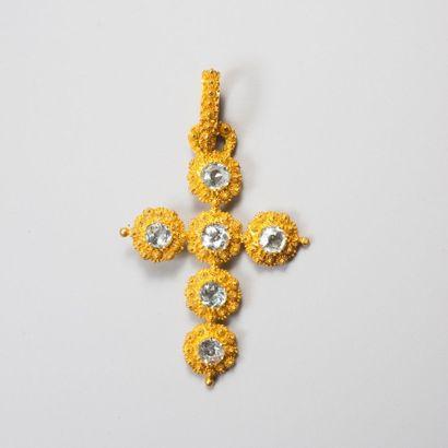 Croix pendentif en or 750millièmes cannetille...