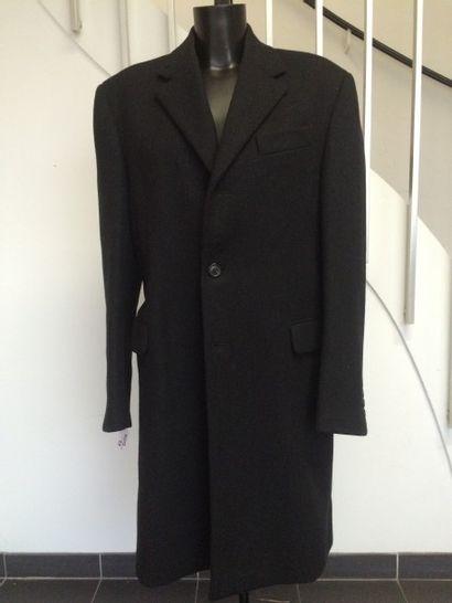 PRADA  Manteau en lainage noir. Taille 5...