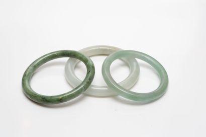 Lot de 3 bracelets en jadéite diam : 5,5...