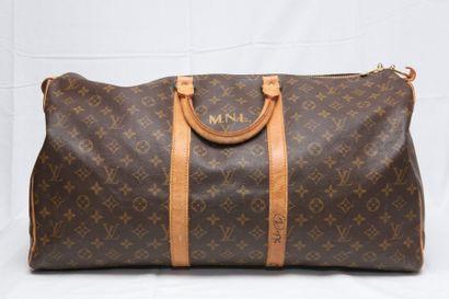 LOUIS VUITTON Paris Made in France  Sac «Keepal»...