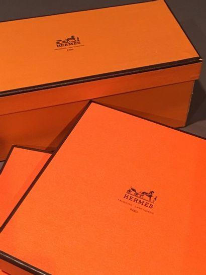 HERMES Paris  Lot de 8 boîtes de tailles...