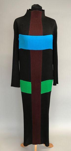 ISSEY MIYAKE  Robe plissée en polyamide de...