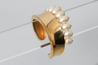 CHANEL par Robert GOOSSENS  Bracelet jonc...