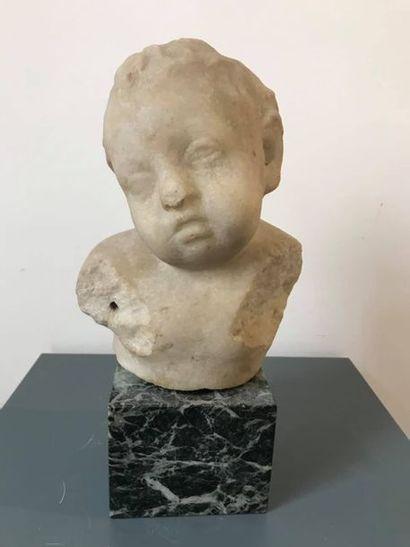 Buste d'enfant représentant probablement...