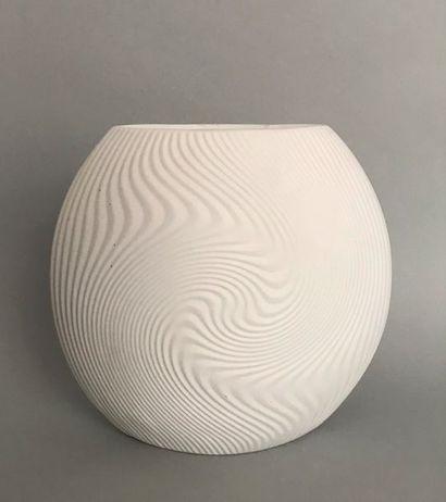 Stéphane GALERNEAU Vase modèle IKI en porcelaine...