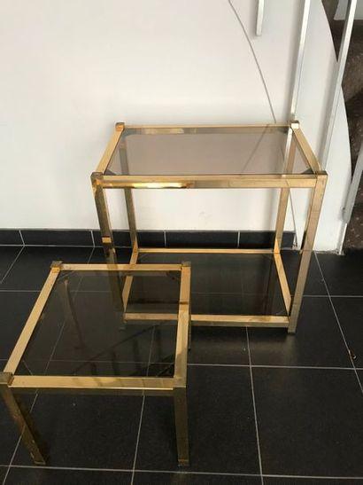 Bout de canapé et Petite table basse carrée...