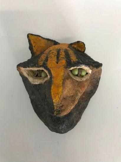 Tête de tigre en papier maché peint, yeux...