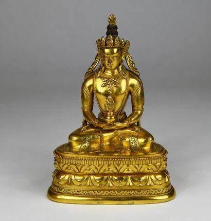 Statuette en bronze doré, représentant le...