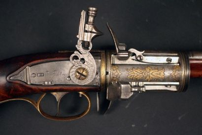 Exceptionnel grand revolver à silex à 4 coups...