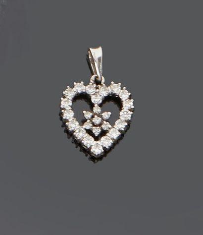 Pendentif coeur en or gris 18 k (750 millièmes)...