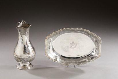 PARIS 1784  Aiguière et son bassin en argent,...