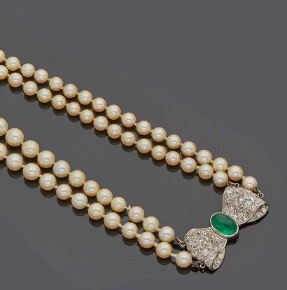 Collier sautoir à deux rangs de perles de...