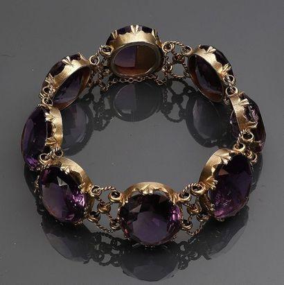 Bracelet en argent vermeillé orné d'améthystes...