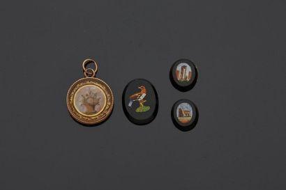 Trois micro-mosaiques romaines miniatures...