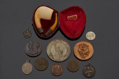 Lot de médailles diverses, certaines en argent,...