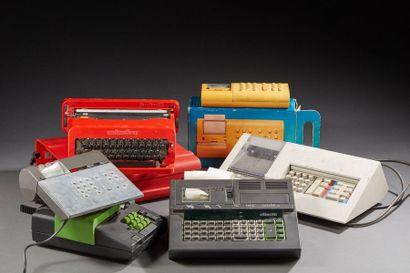 Lot de cinq calculatrices  Et une machine...