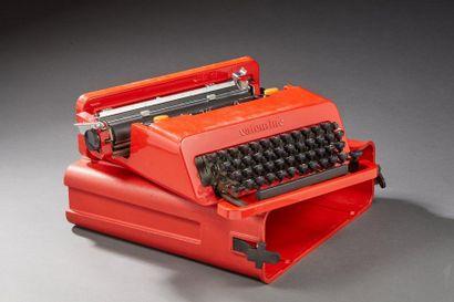 OLIVETTI  Valentine  Machine à écrire en...