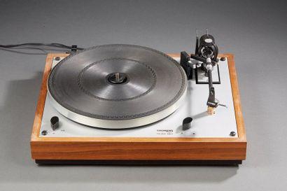 THORENS TD166 MK II  Platine vinyle.  (Support du capot cassé)