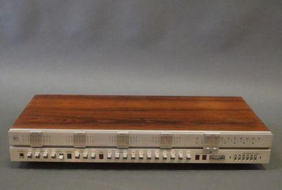 BEOMASTER 2400 (manque les côtés)  Ampli-Tuner...