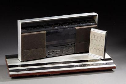 BEOMASTER 1900 Ampli-Tuner.  BEOSYSTEM 10,...